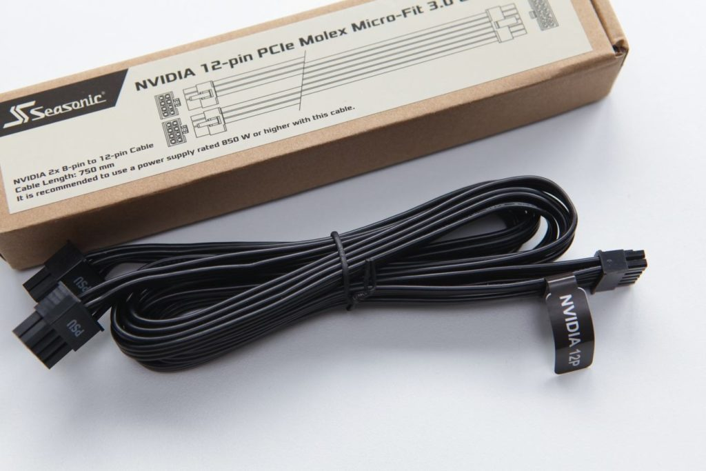 "2x8Pin PCIe auf ""Nivida 12 Pin MicroFit 3.0"""